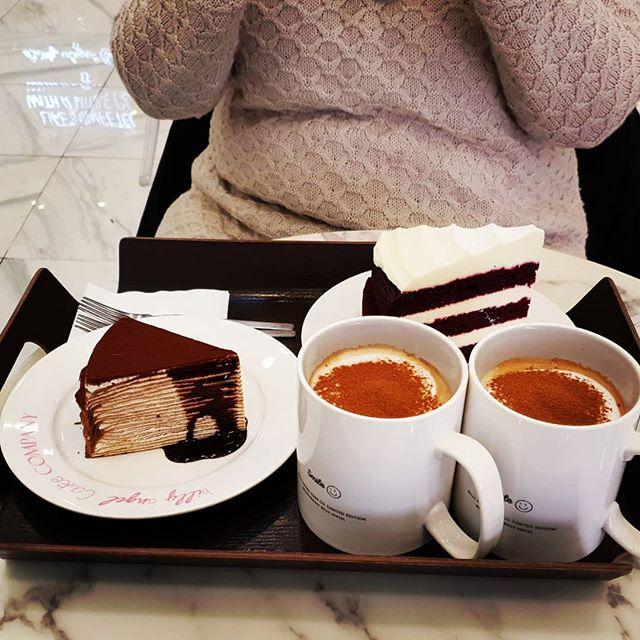 Our #Cakes! #goodmorning #foodporn #sweet #Korea #food