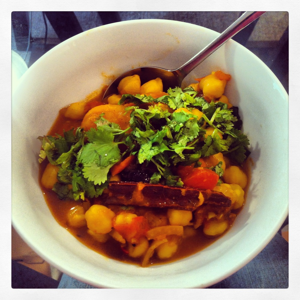 Hot Tang! Chickpea Curry - lunchwithjuju.jpg