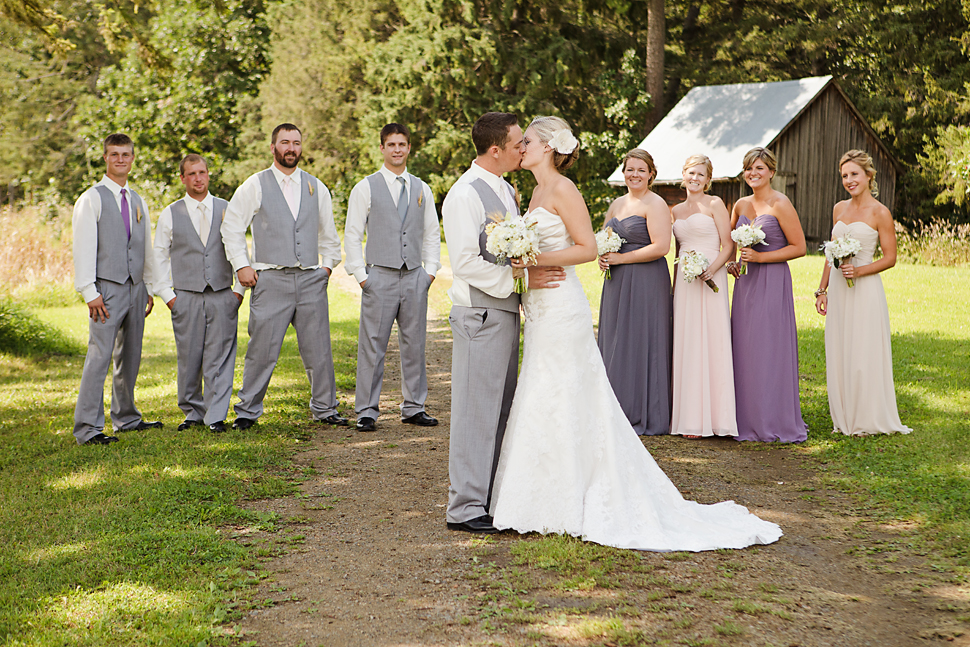 Pamela_Sutton_Outdoor_Wedding_Photographer_MN_28.jpg