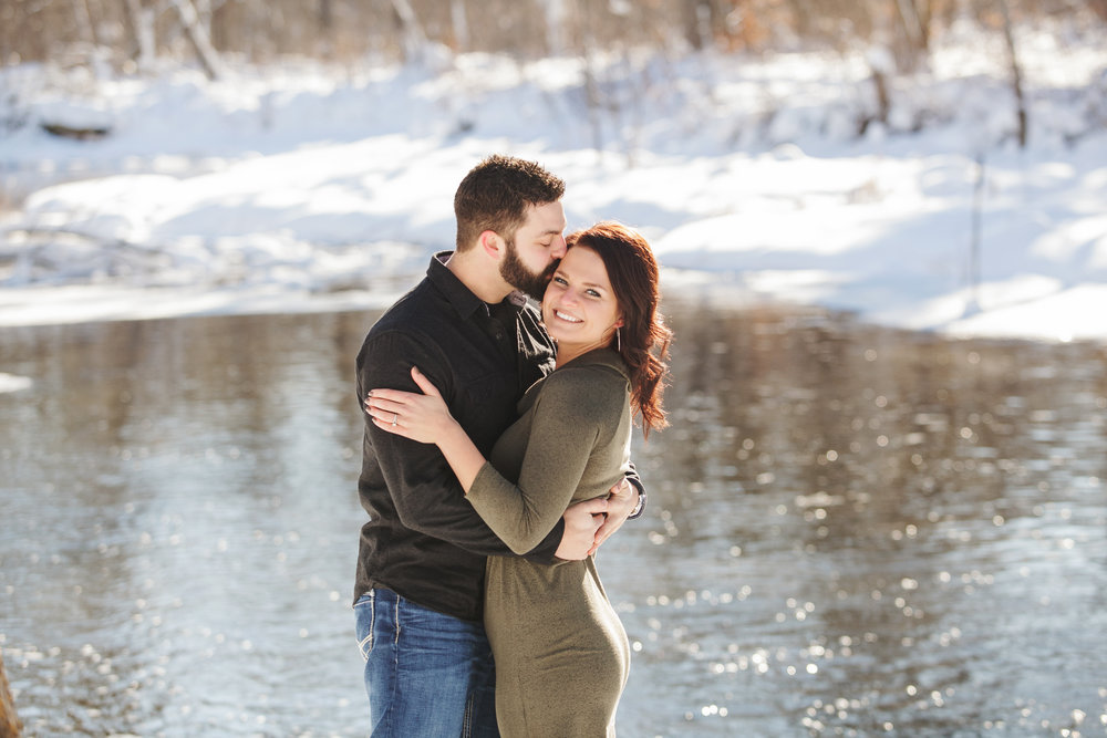 Bemidji_MN_Winter_Engagement_01.jpg