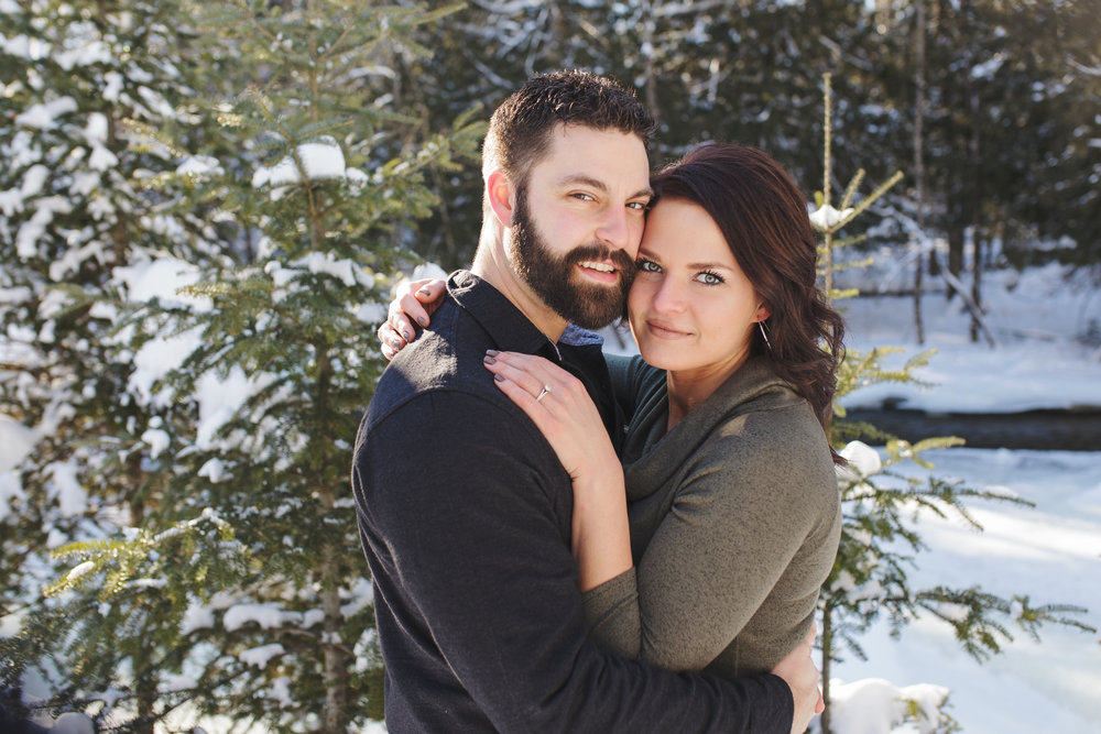 Bemidji_MN_Winter_Engagement_15.jpg