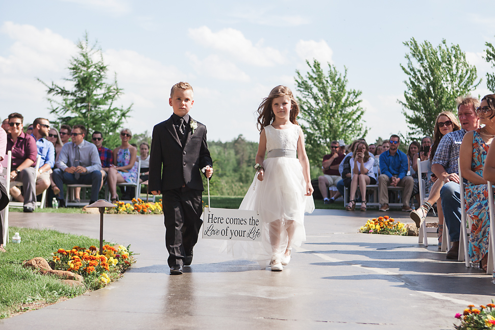Pine_Creek_Resort_MN_Wedding_14.jpg