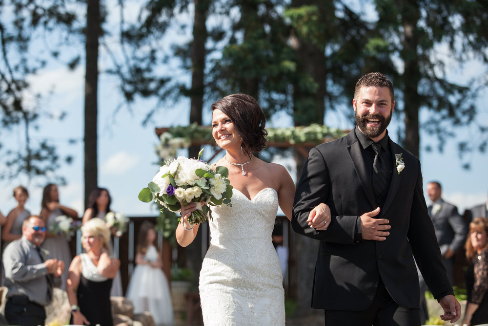 Pine_Creek_Resort_MN_Wedding_20.jpg