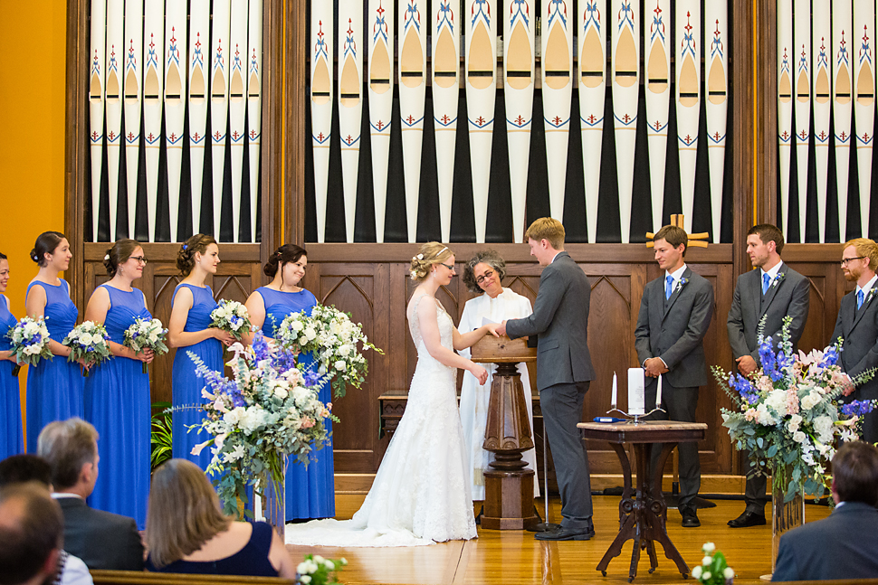 Northfield_MN_Grand_Wedding_11.jpg