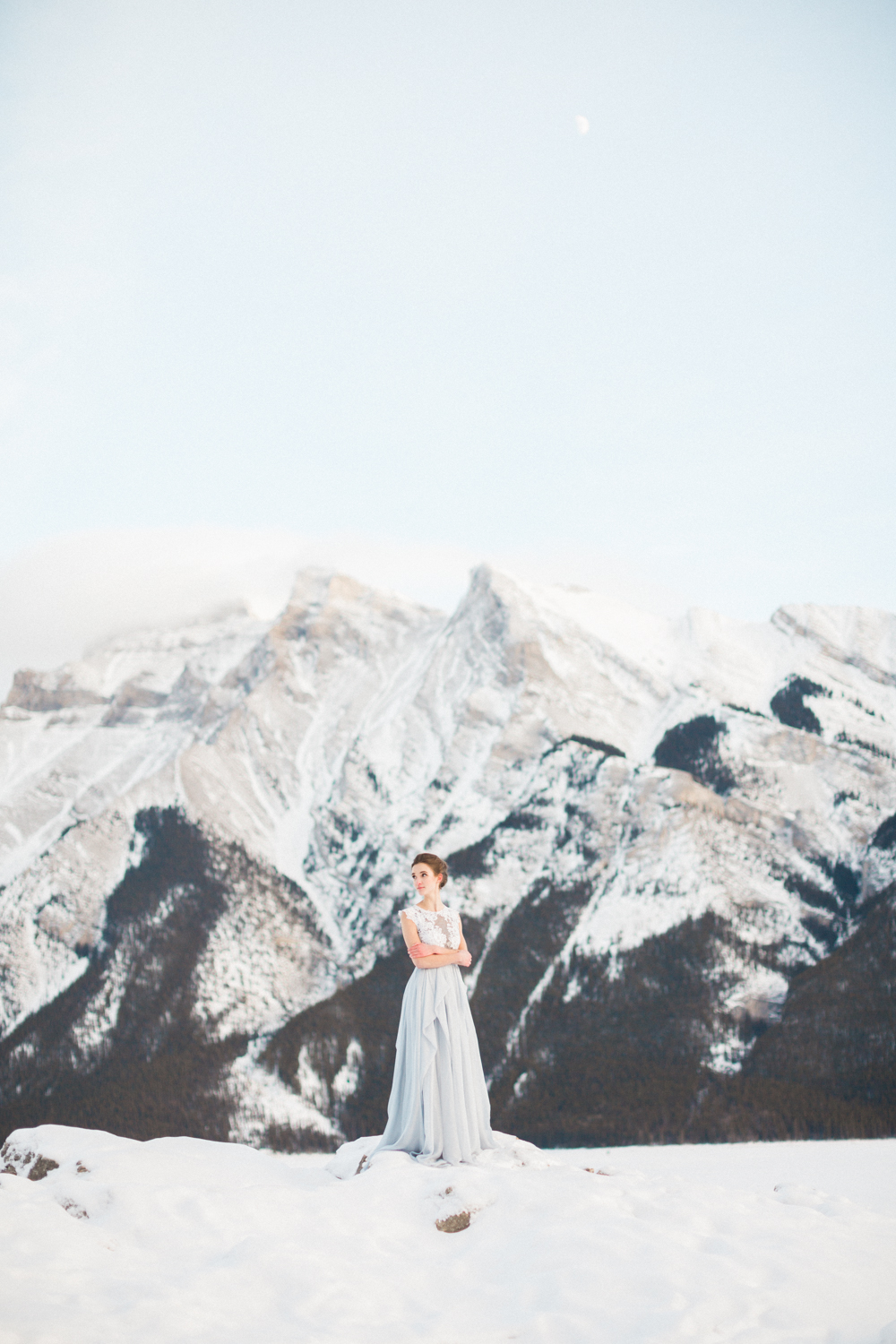 Calgary-wedding-photography-lake-minnewanka-16.jpg