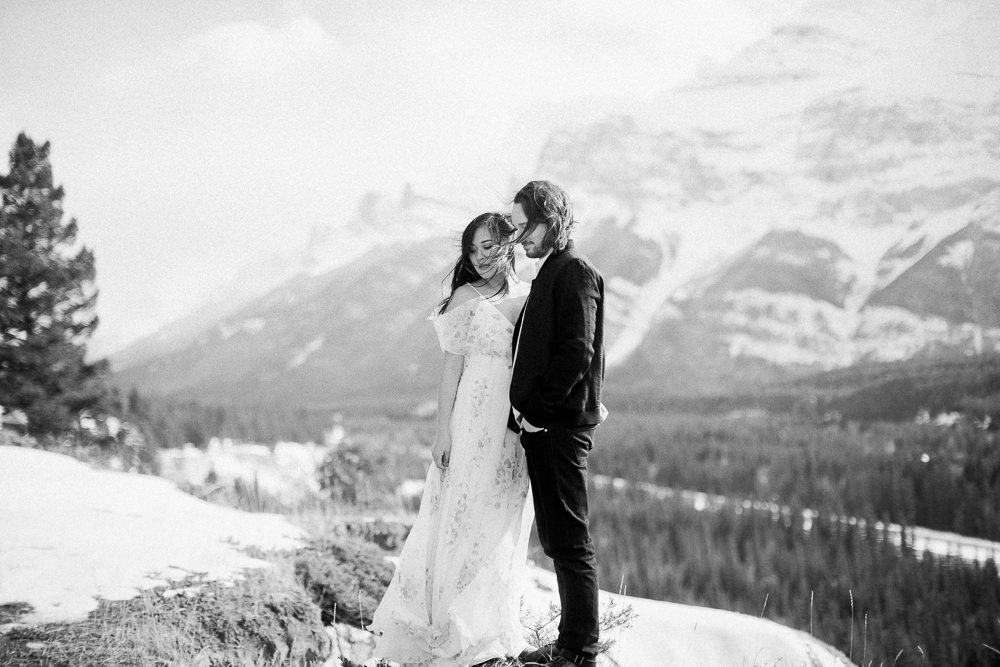 Banff-engagement-session-5-2.jpg