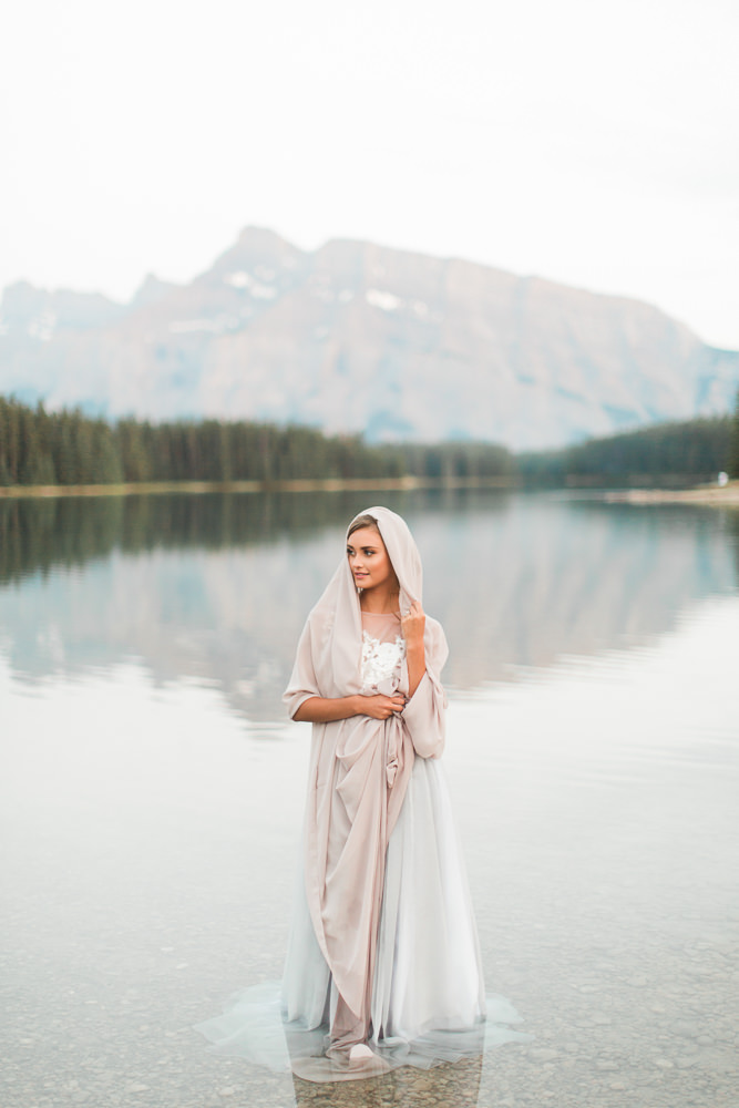 Banff-wedding-photography-two-jack-lake-64.jpg