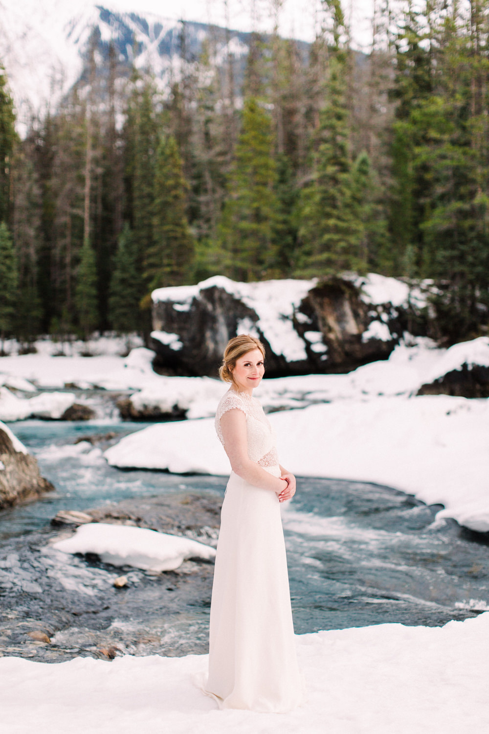 Matt-and-Jennas-Emerald-Lake-winter-wedding-22.jpg