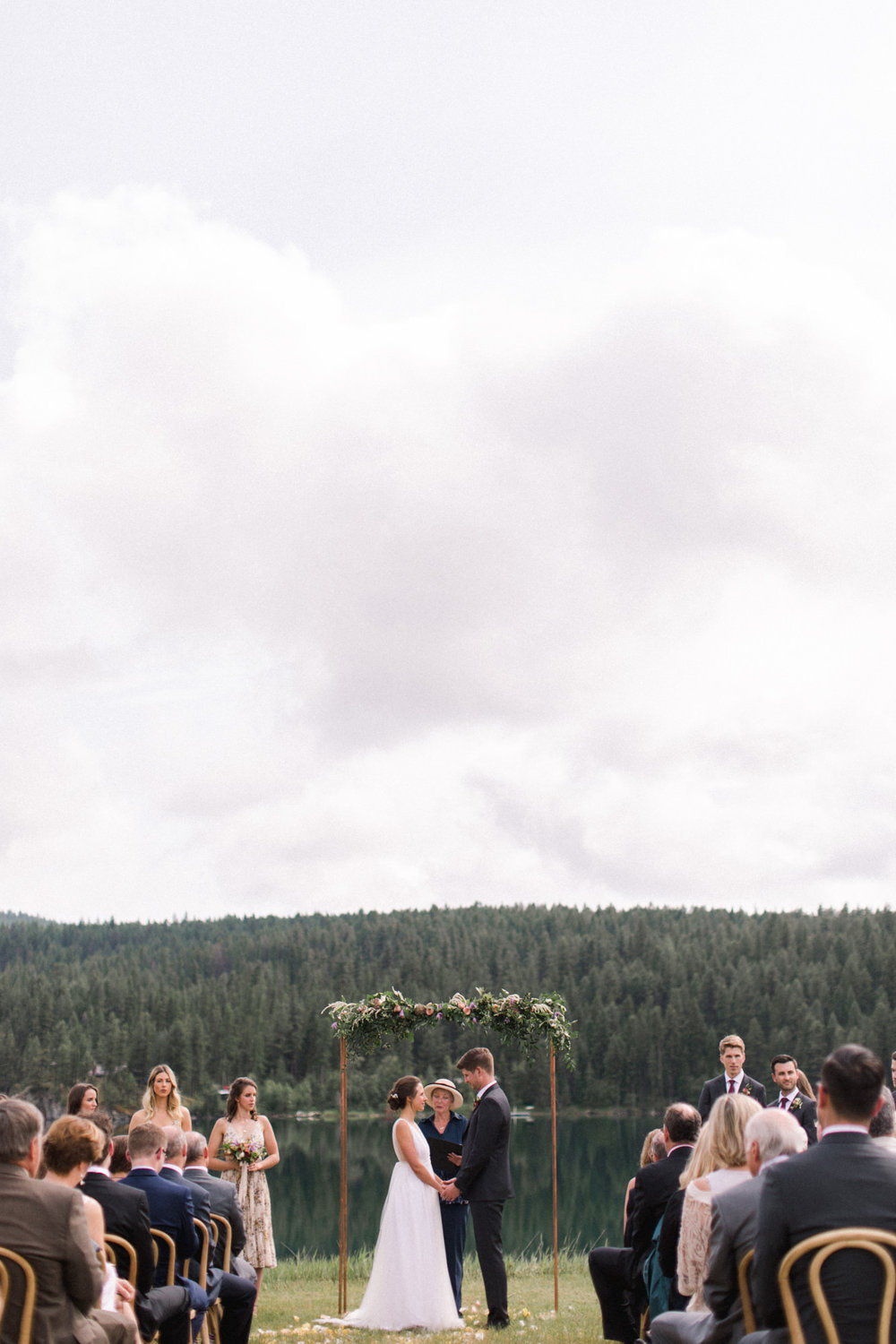 Invermere-romantic-summer-wedding-21.jpg