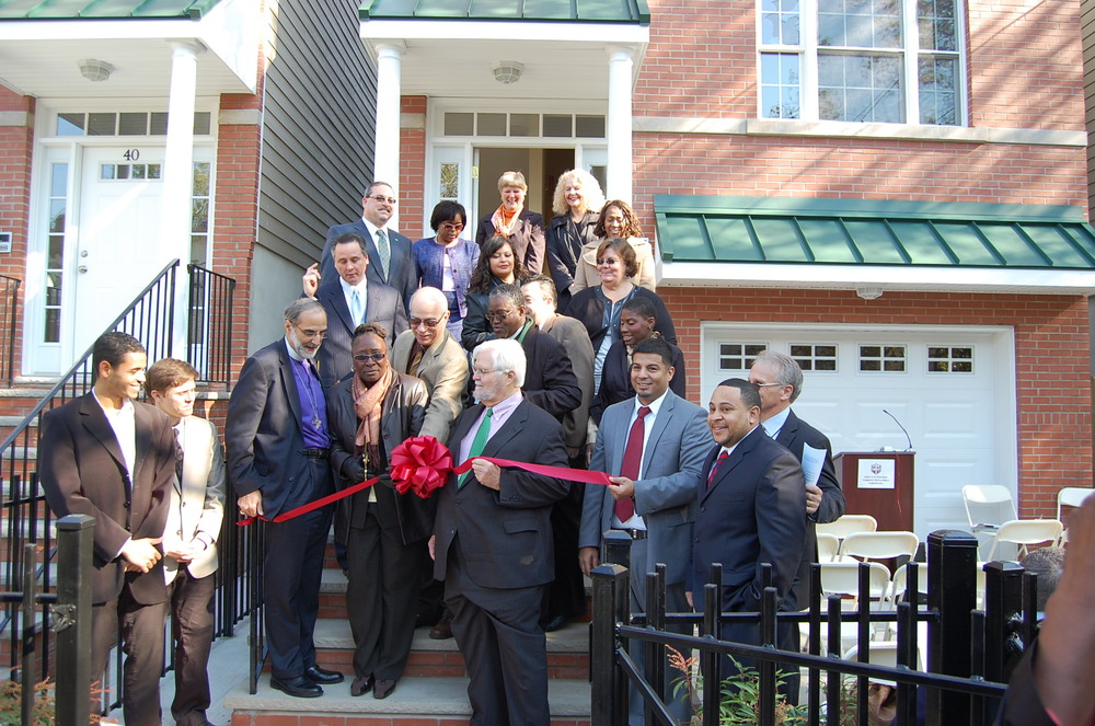 Van Brunt Homes Ribbon Cutting