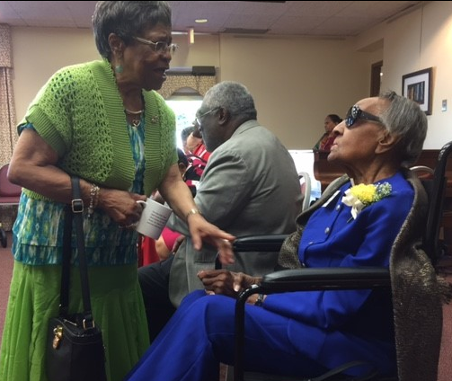 Ruby Ricks visiting with honoree Dema nappier