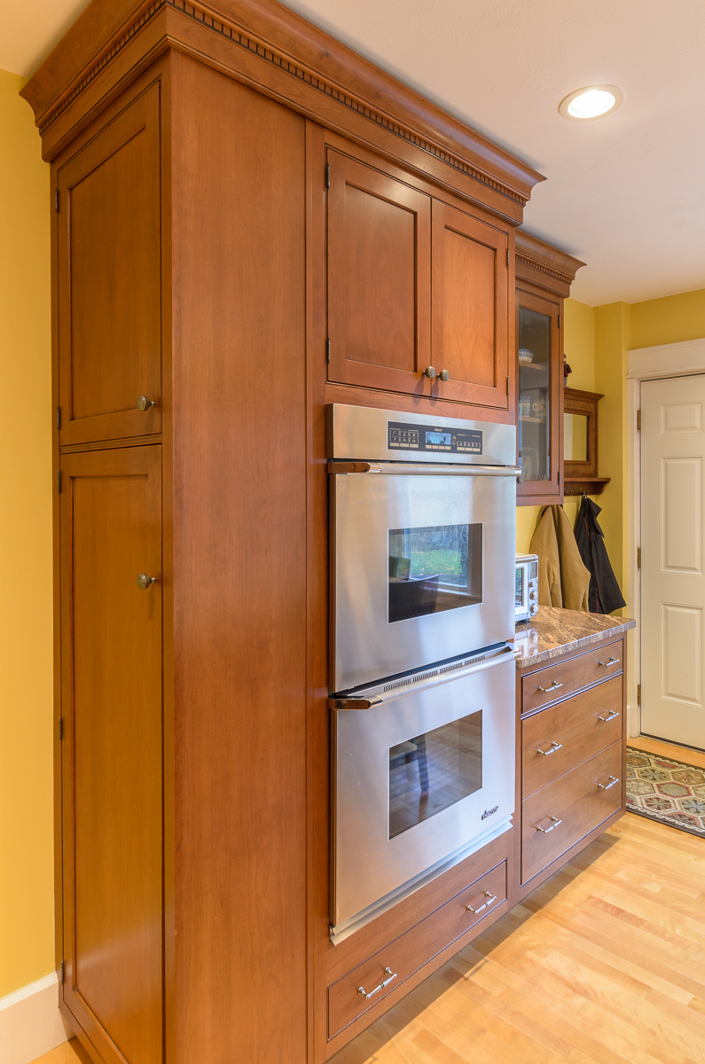 Kitchen_Associates_Leominster_MA-9.jpg