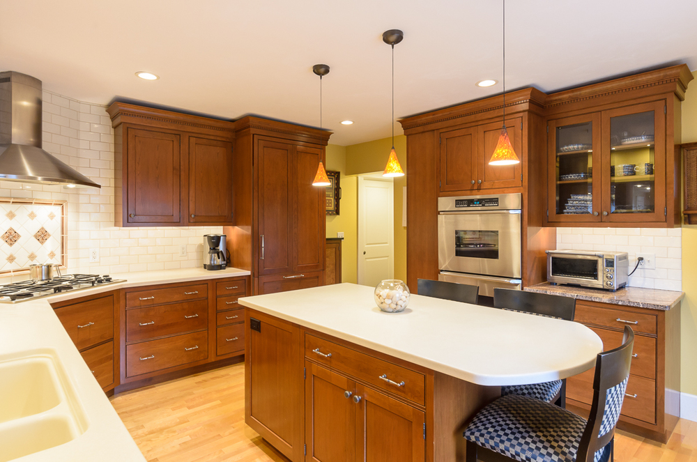 Kitchen_Associates_Leominster_MA.jpg