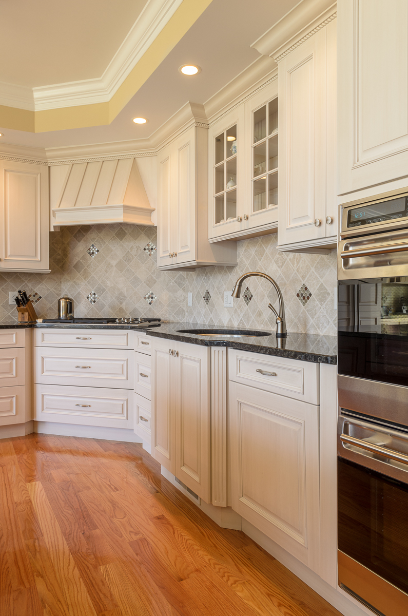 Kitchen_Associates_Andover_MA-5.jpg