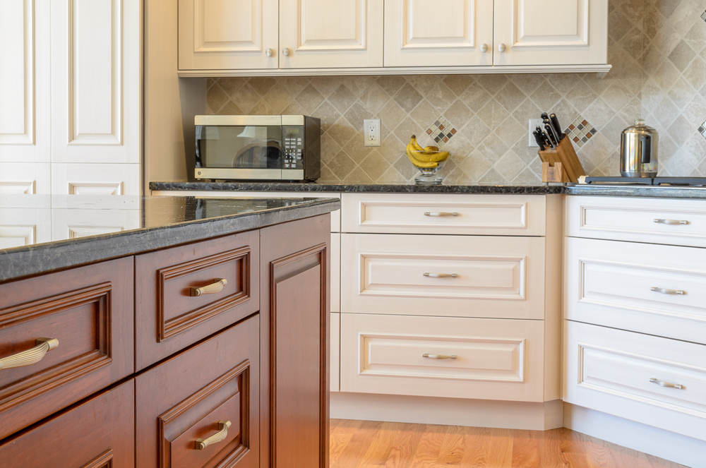 Kitchen_Associates_Andover_MA-12.jpg
