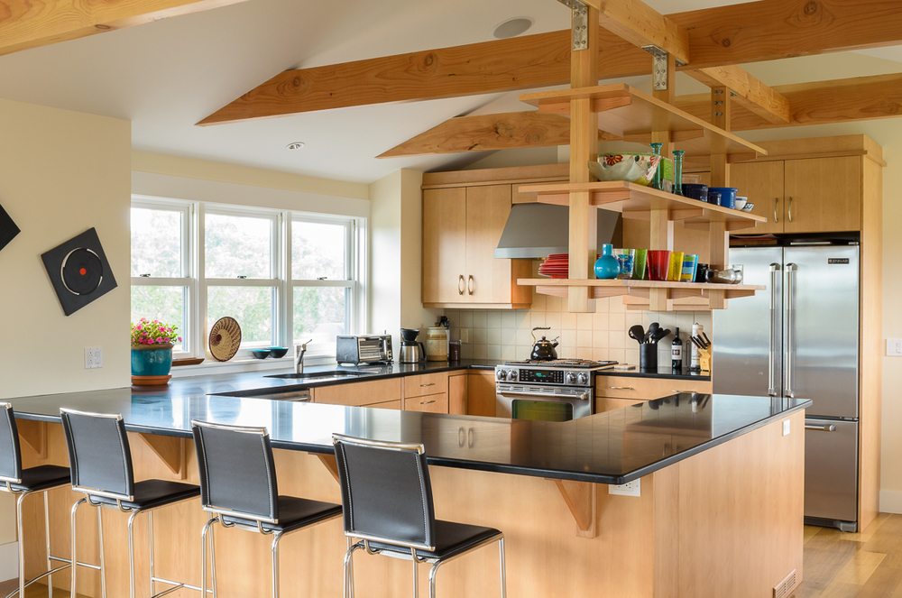 Kitchen_Associates_Marthas_Vineyard_MA-2.jpg