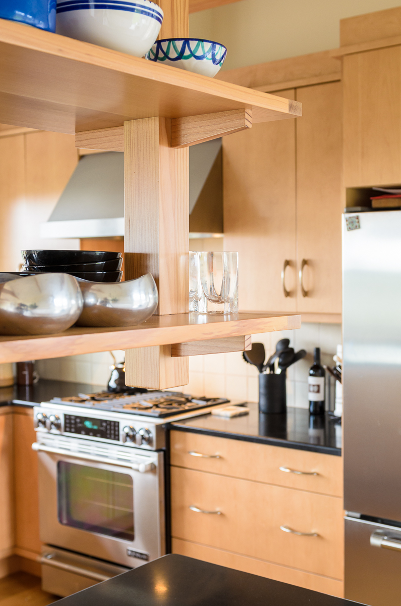 Kitchen_Associates_Marthas_Vineyard_MA-8.jpg