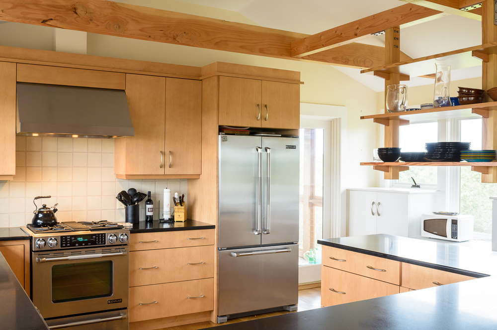 Kitchen_Associates_Marthas_Vineyard_MA-6.jpg