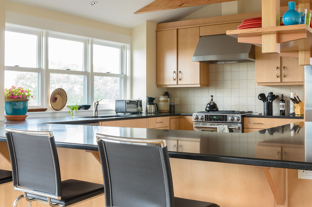 Kitchen_Associates_Marthas_Vineyard_MA.jpg