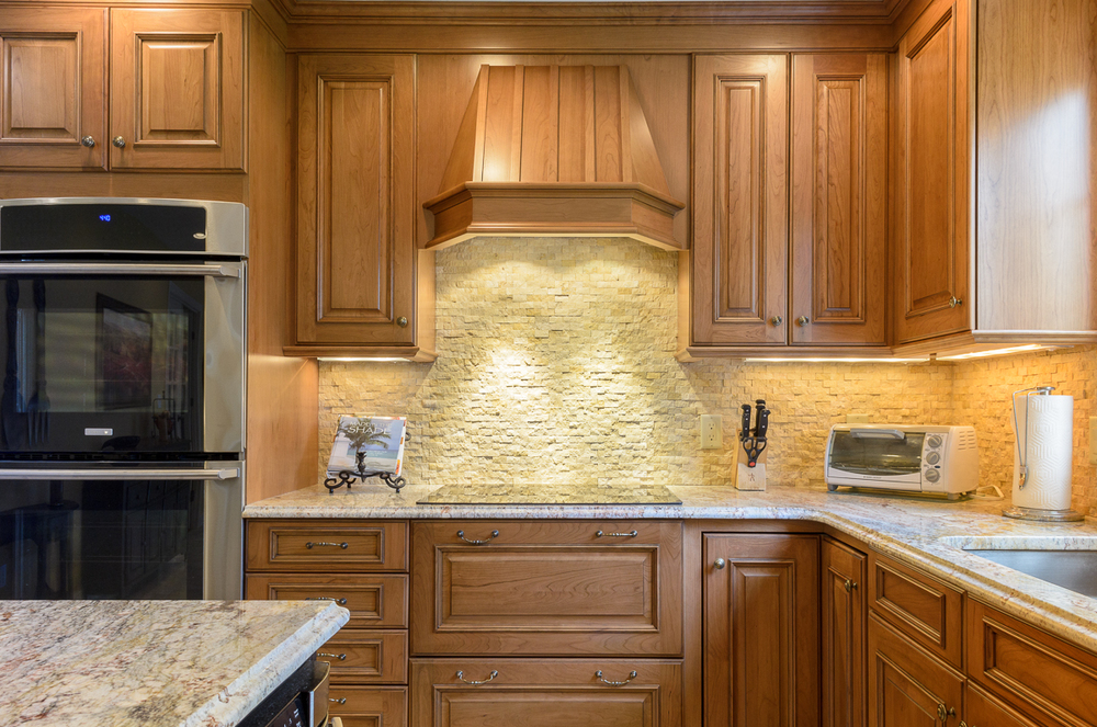 Kitchen_Associates_Shrewsbury_MA-6.jpg