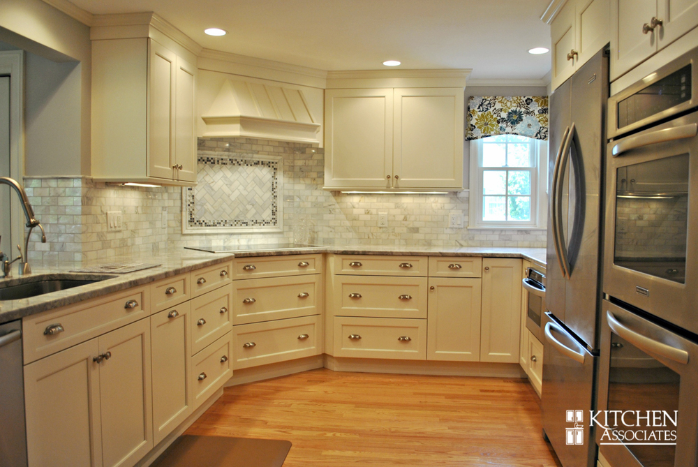 Kitchen_Associates_Remodel_Wellesley-1.jpg
