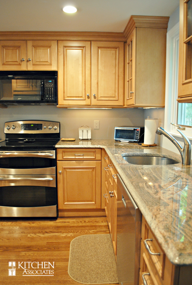 Kitchen_Associates_Remodel_Framingham 6