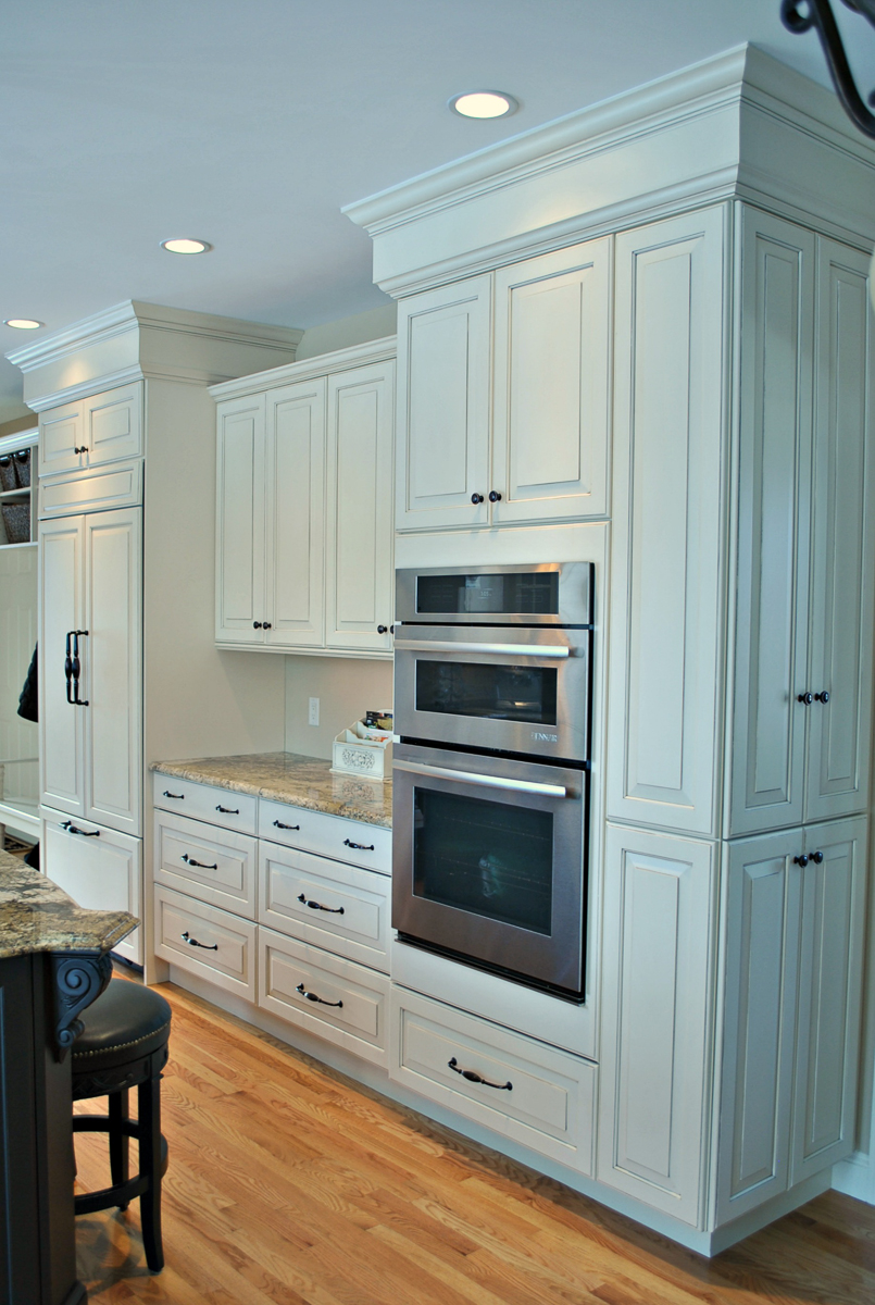 Kitchen-Remodel-Hopkinton-MA-Kitchen-Associates-4.jpg