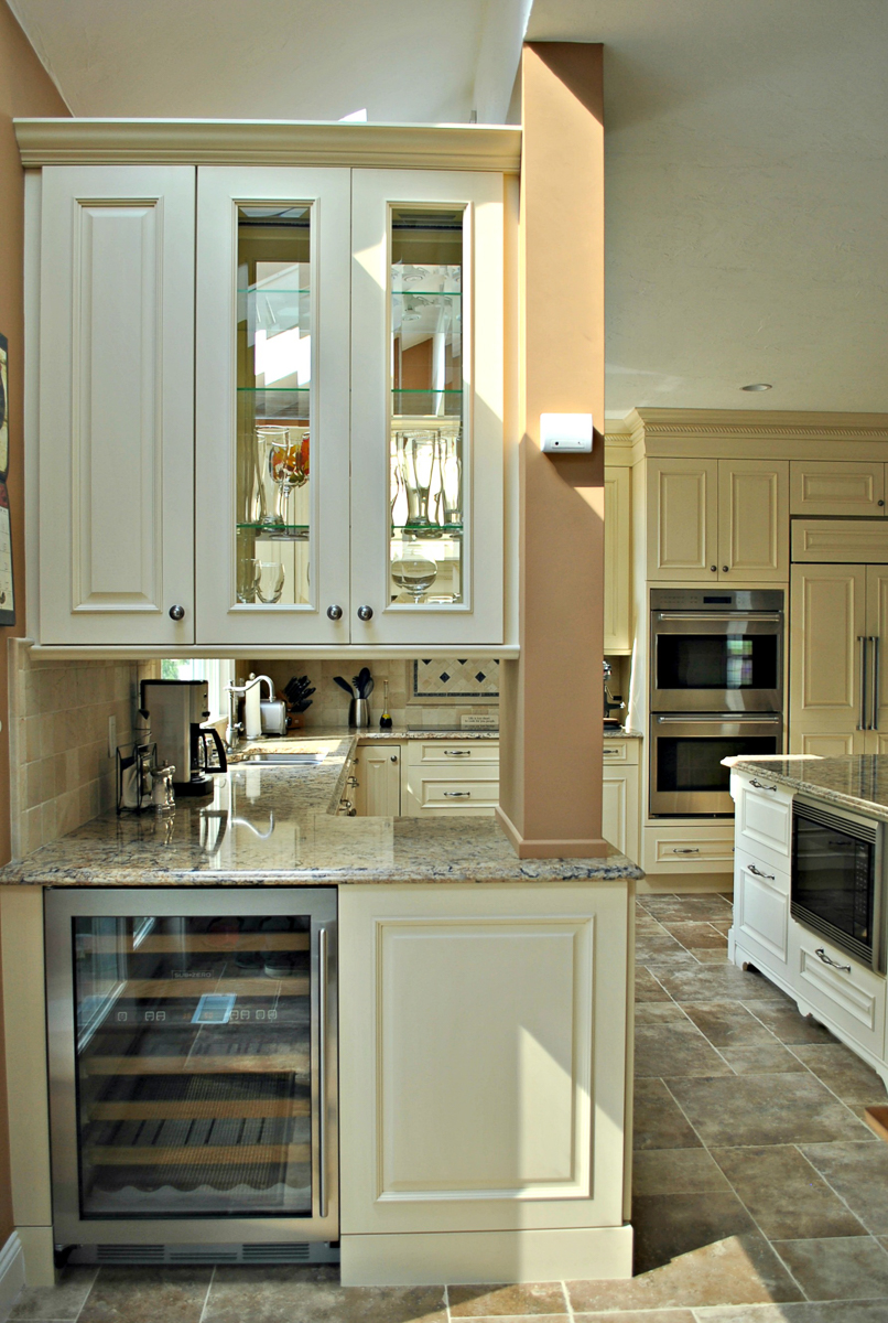 Shrewsbury_Remodel_Kitchen_Associates-8-8.jpg