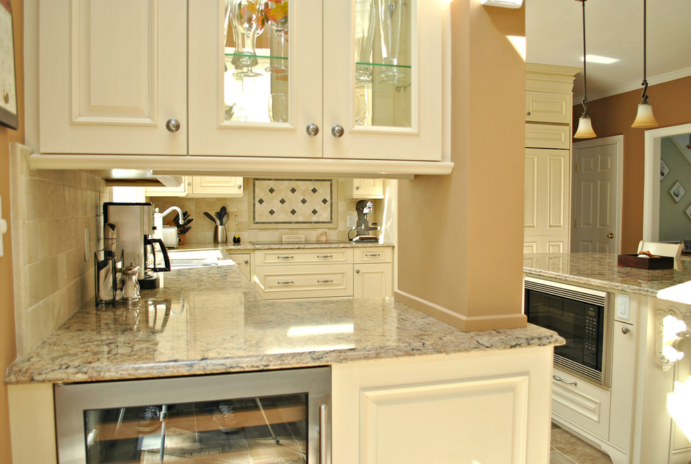 Shrewsbury_Remodel_Kitchen_Associates-9-9.jpg