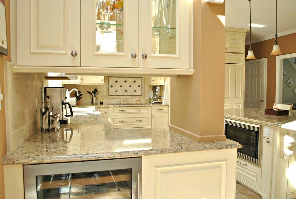 Shrewsbury Ma 2 Kitchen Associates Massachusetts
