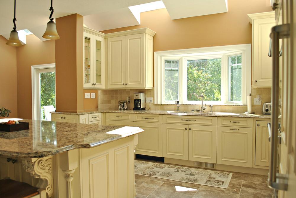 Shrewsbury Ma 2 Kitchen Associates Massachusetts Kitchen Remodeling