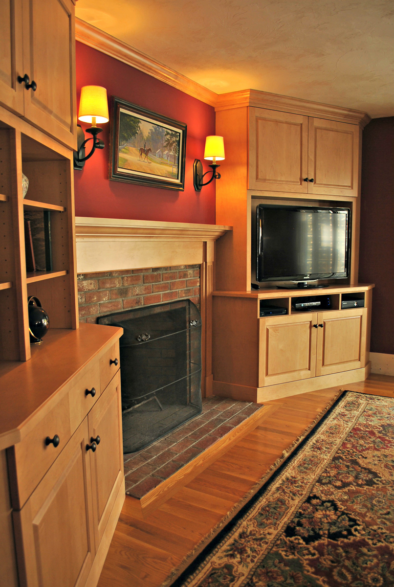 Bolton_Fireplace_Surround_Entertainment_Center_Cabinetry_Kitchen_Associates-2.jpg