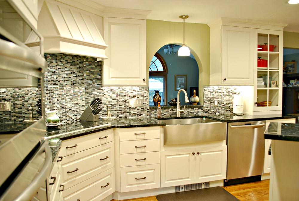 Leominster Ma 2 Kitchen Associates Massachusetts