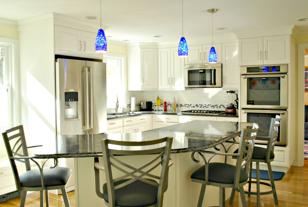 Kitchen_Remodel_Fitchburg_MA_Kitchen_Associates-1.jpg