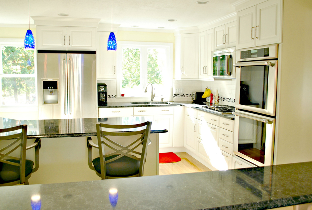 Kitchen_Remodel_Fitchburg_MA_Kitchen_Associates-8.jpg