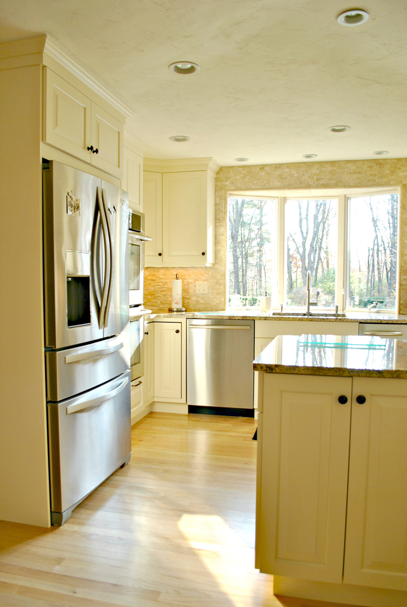 Harvard_MA_Kitchen_Remodel_Kitchen_Associates-3.jpg