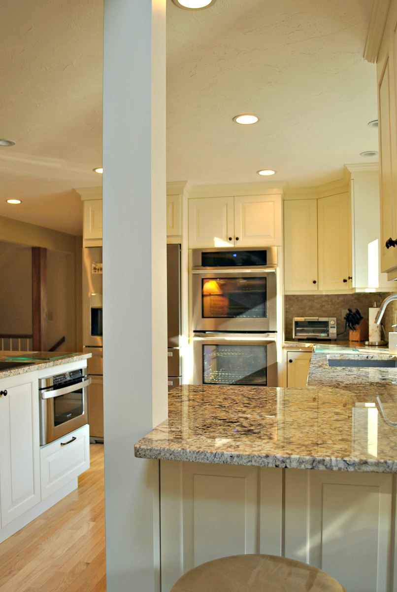 Harvard_MA_Kitchen_Remodel_Kitchen_Associates-10.jpg