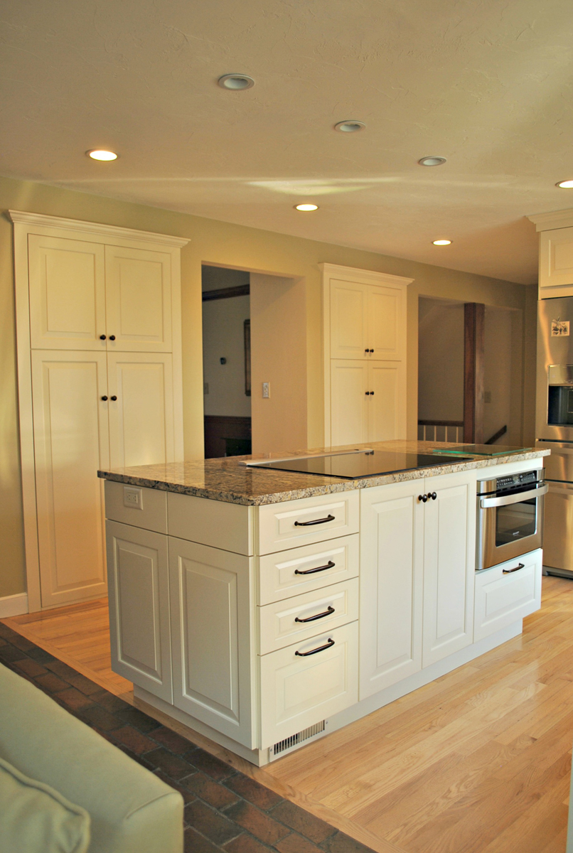 Harvard_MA_Kitchen_Remodel_Kitchen_Associates-9.jpg