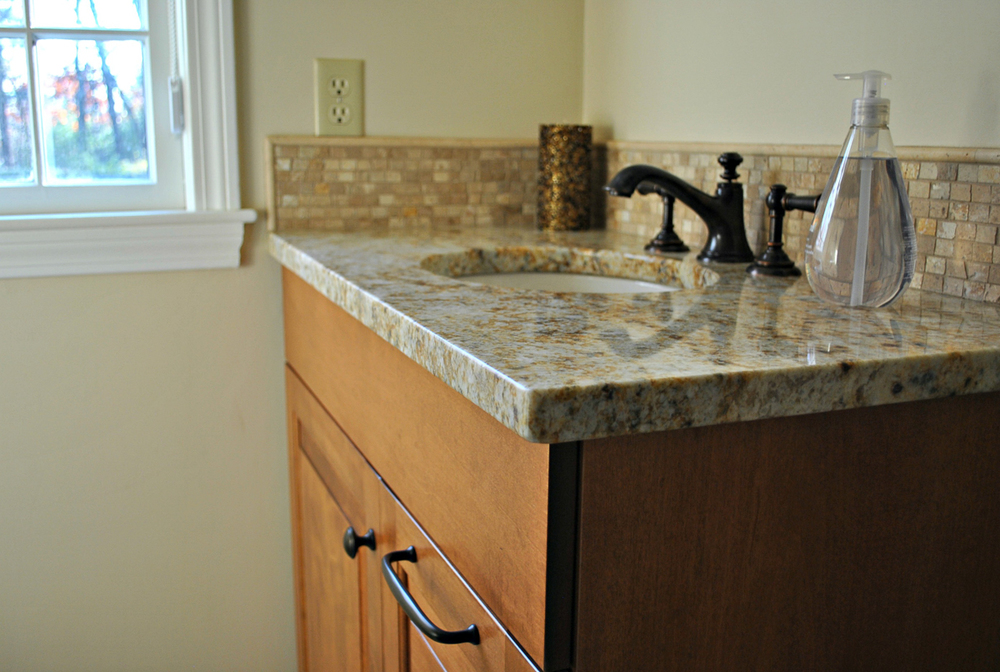 Harvard_MA_Kitchen_Remodel_Kitchen_Associates-11.jpg