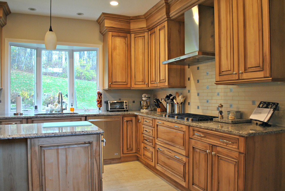 Westborough_MA_Kitchen_Remodel_Kitchen_Associates-1.jpg