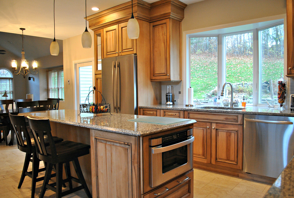 Westborough_MA_Kitchen_Remodel_Kitchen_Associates-3.jpg