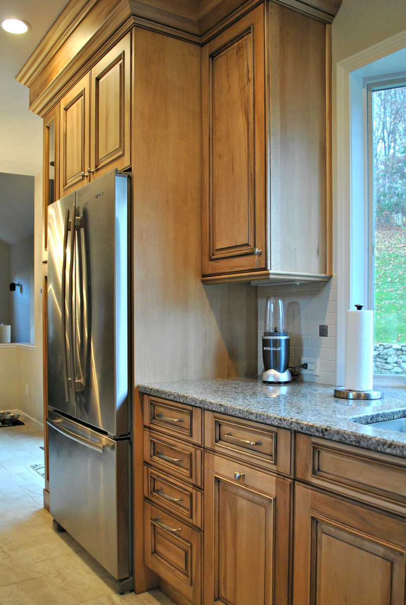 Westborough_MA_Kitchen_Remodel_Kitchen_Associates-5.jpg
