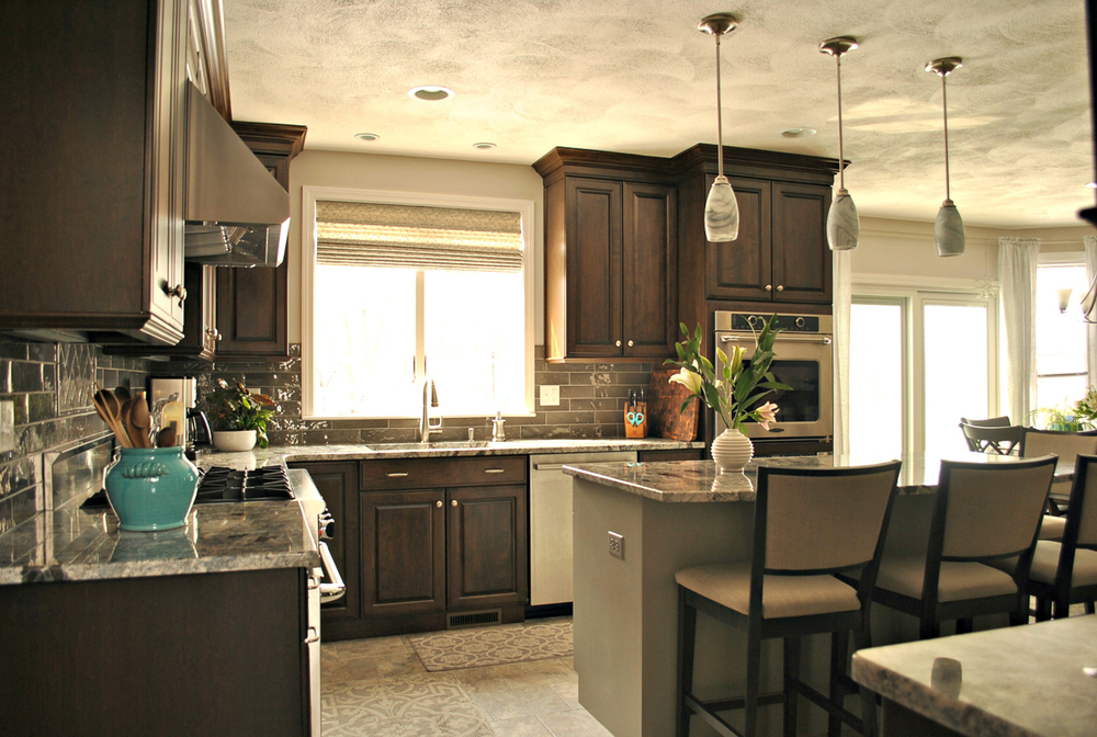Chelmsford_MA_Kitchen_Remodel_Kitchen_Associates-6.jpg