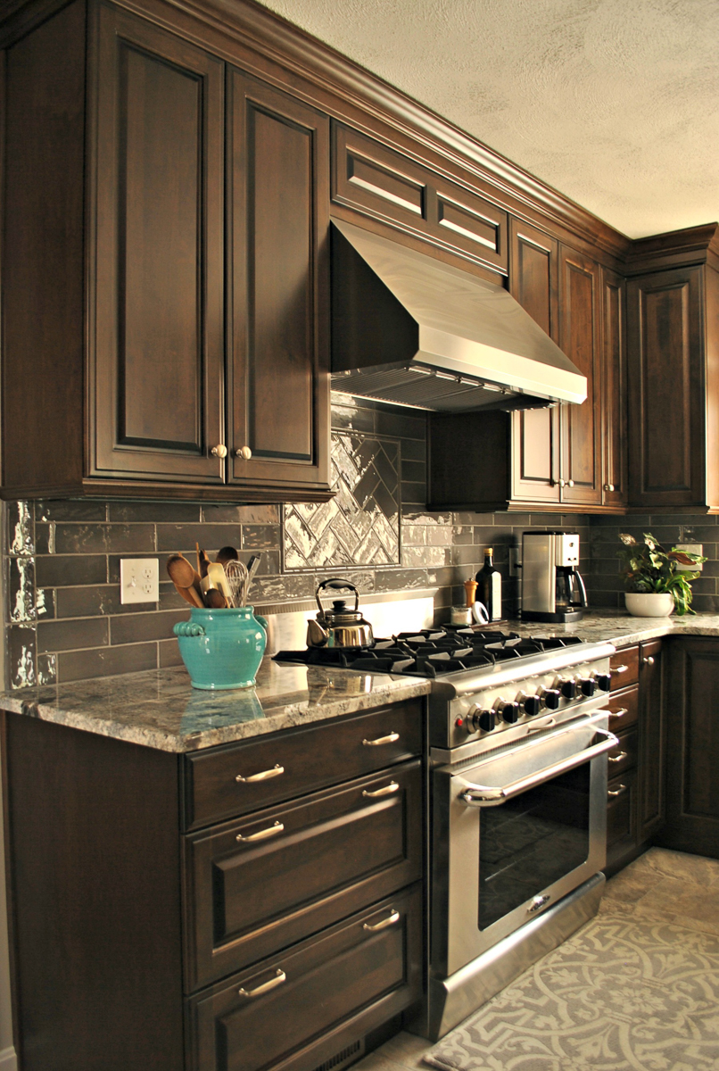 Chelmsford_MA_Kitchen_Remodel_Kitchen_Associates-7.jpg