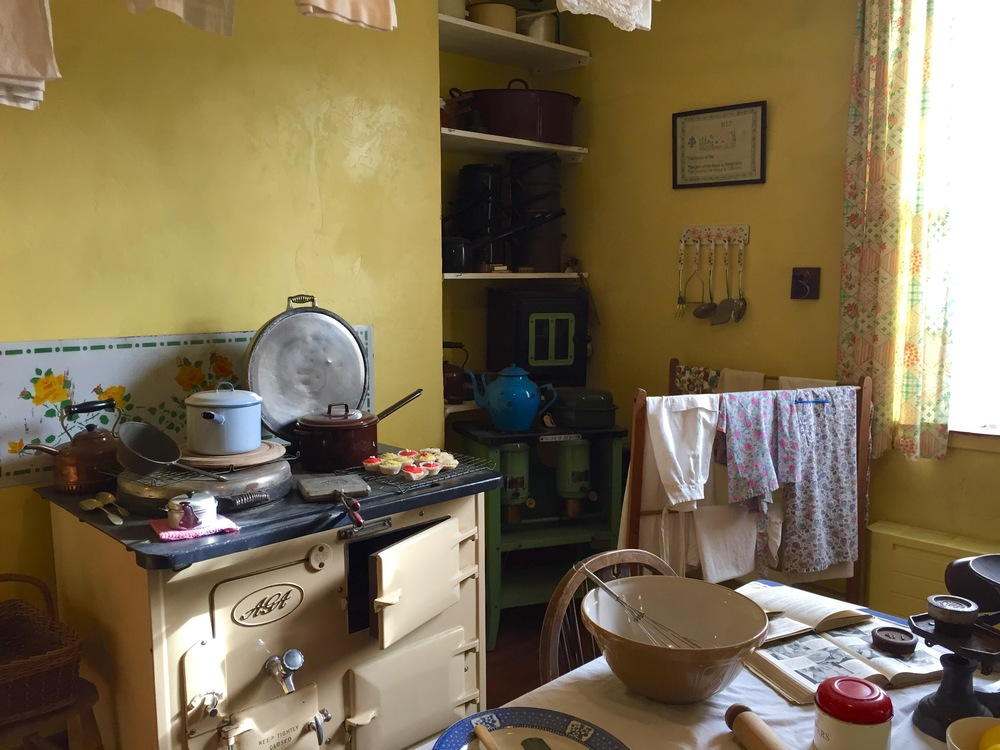 All Kitchens Great And Small The 1940 S English