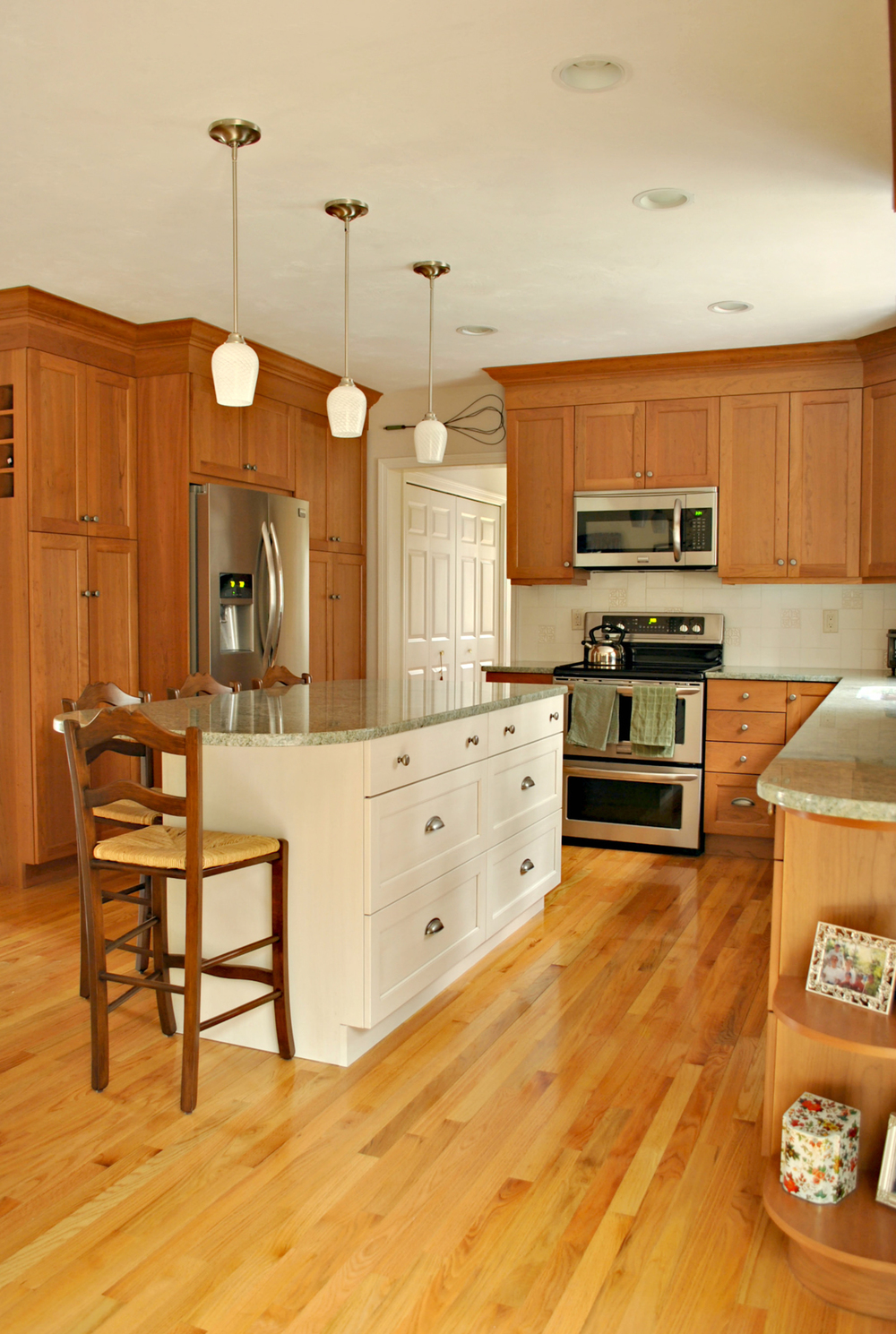 kitchens by design sterling ma sterling ma 3 kitchen associates massachusetts 631