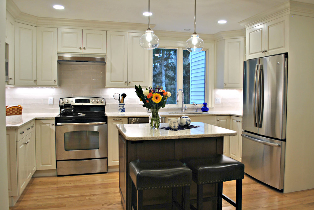 Hudson_MA_Kitchen_Remodel_Kitchen_Associates