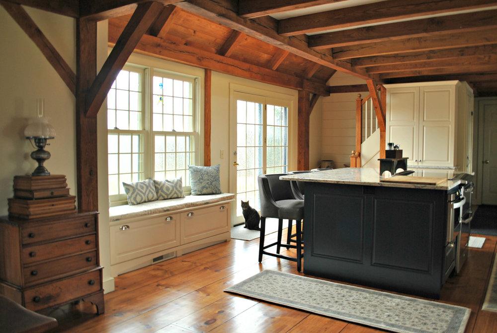 Sutton_MA_Kitchen_Remodel_Kitchen_Associates