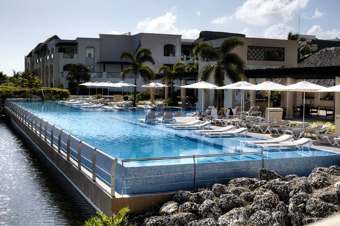 Hard Rock Resort Infinity Pool - Punta Cana, DR