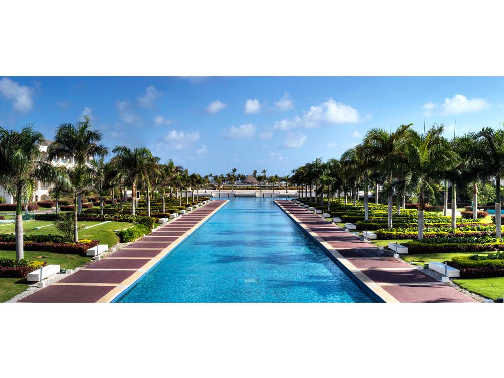 23 - Arch - Punta Cana Hard Rock.jpg